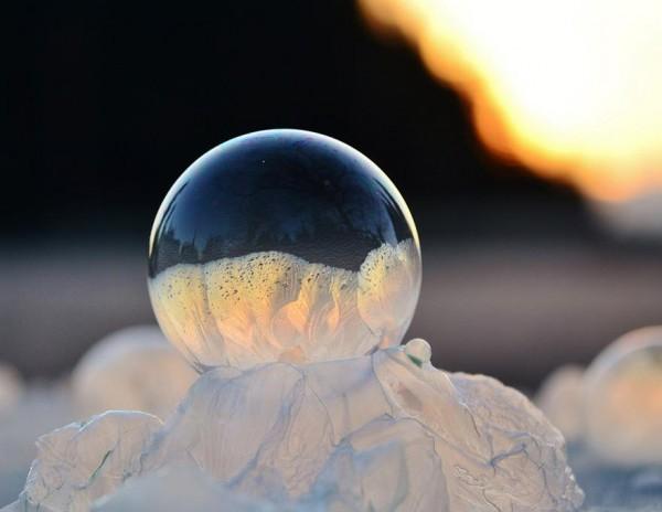 -9℃吹出的結冰泡泡是世界上短暫的美麗2