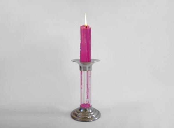 把燒完的蠟重新變成新蠟燭的燭台2
