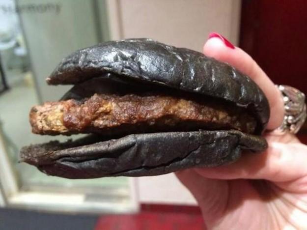 黑色漢堡3