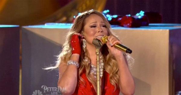 瑪莉亞凱莉你怎麼了?耶誕晚會歌唱表演大失常