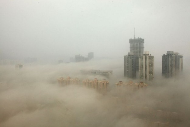Heavy Smog Hits East China